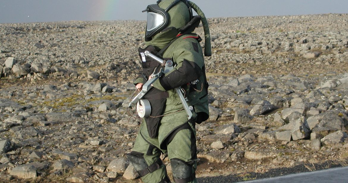 EOD_Technician_on_task